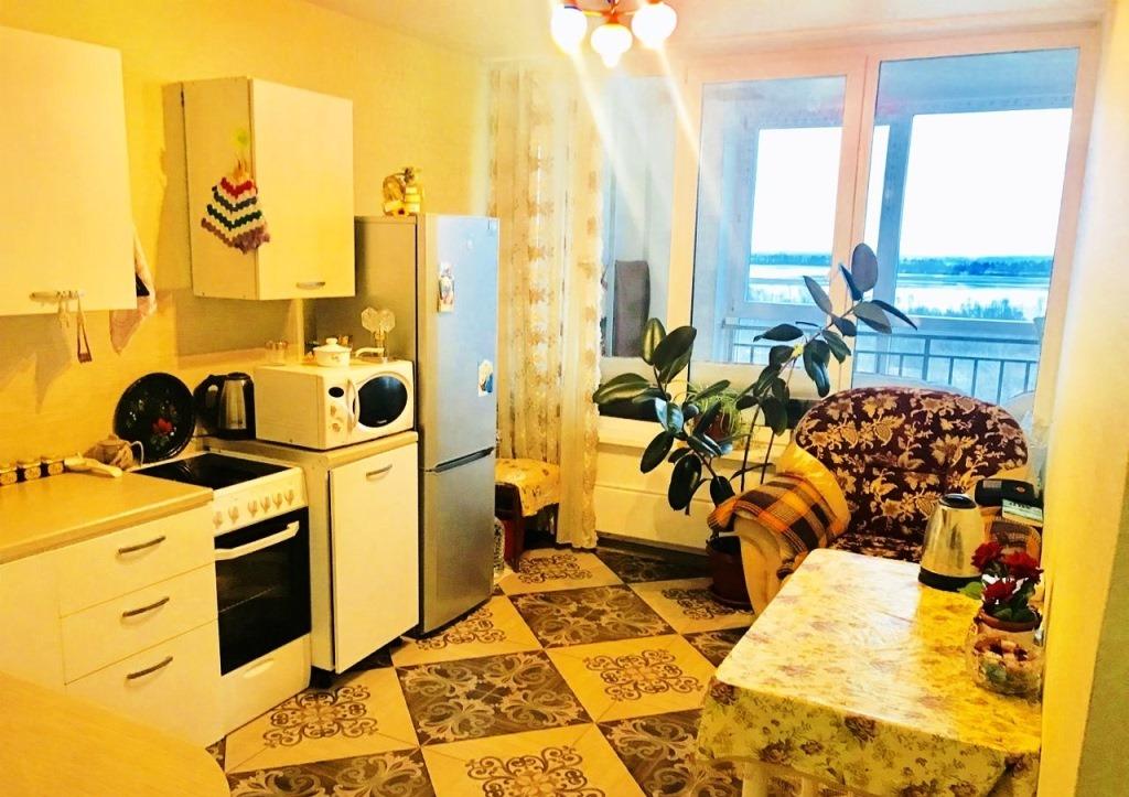 Квартира на продажу по адресу Россия, Татарстан Респ, Зеленодольский район, пгт. Васильево, Ленина 40