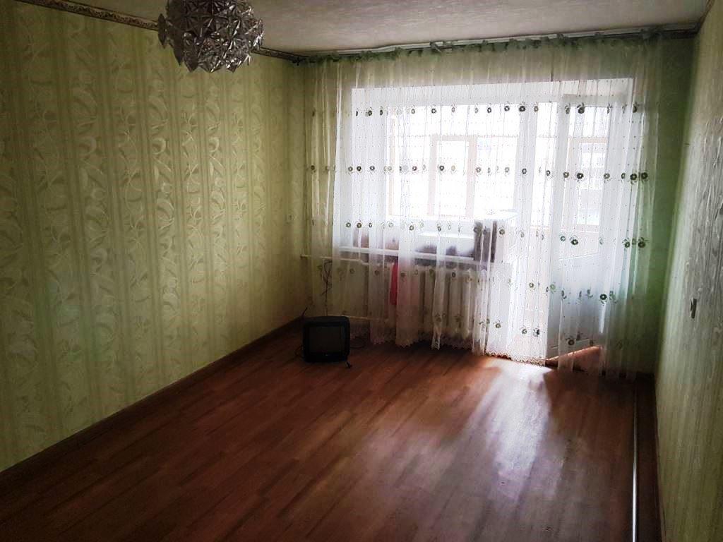 продается отличная 1-комнатная квартира хрущевка в г. зеленодольск. дом после кап...